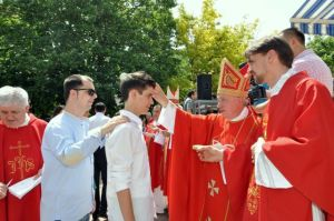 Confirmation_in_Mostar_2013b