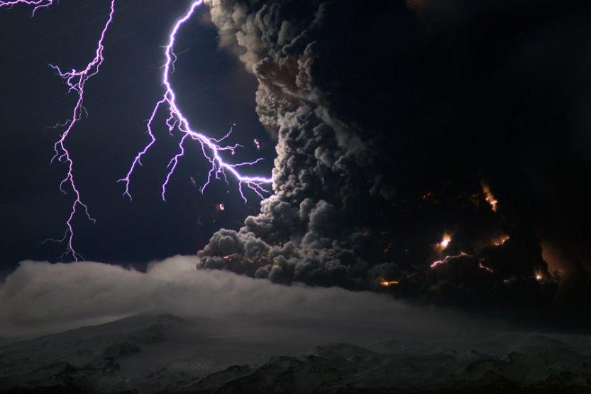 volcano-lightning-matador-seo